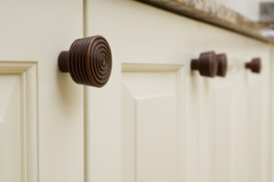 General Tips for Choosing Kitchen Cabinet Hardware