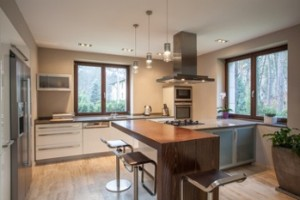 Quick Tips – Choosing Hardware for Your Modern Cabinets