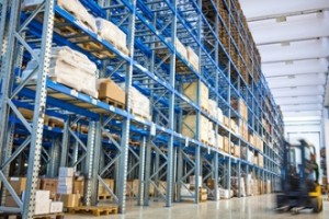Cabinet Dealer or Big Box Store – Which is Better?