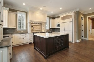 Mixing Different Materials and Finishes in Your Kitchen